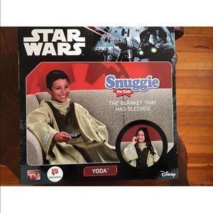 Star Wars Snuggie For Kids -Yoda New In Box